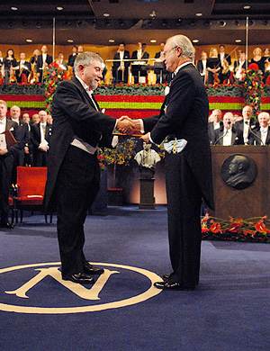 Krugman receiving Nobel