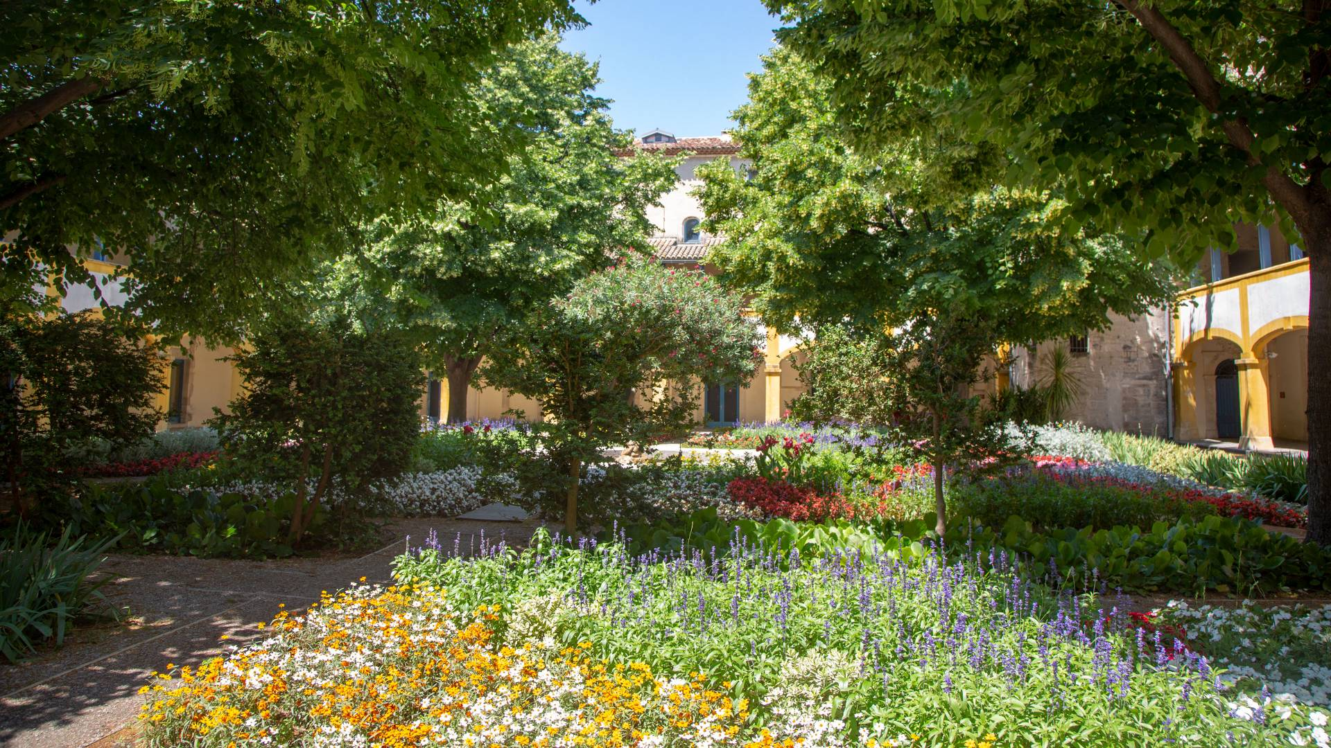 House and gardens in Arles, France