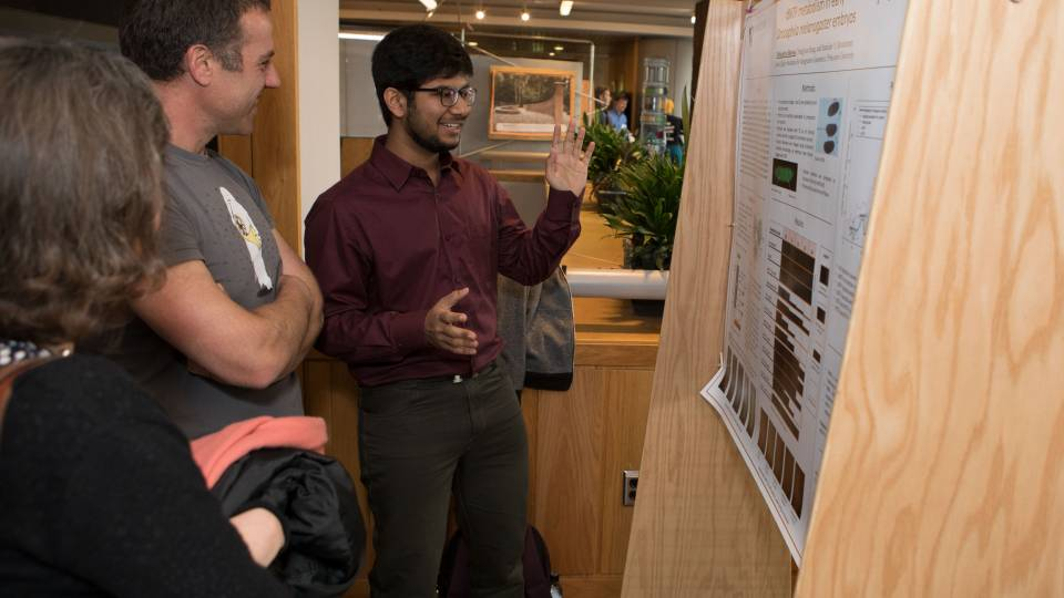 Sophomore Debopriyo Biswas presents at Princeton Research Day