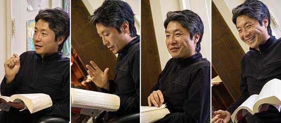 four images of Lee reading