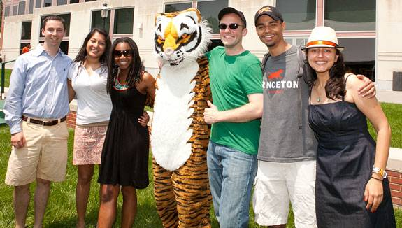 Reunions Friday and mascot