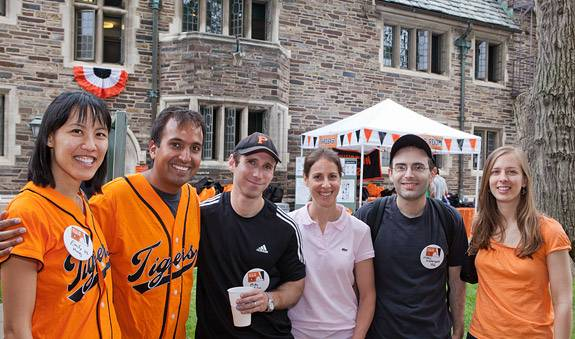 Reunions outside group