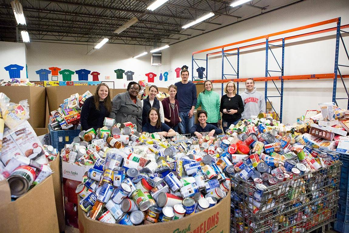 Mercer Street Friends volunteers at food bank