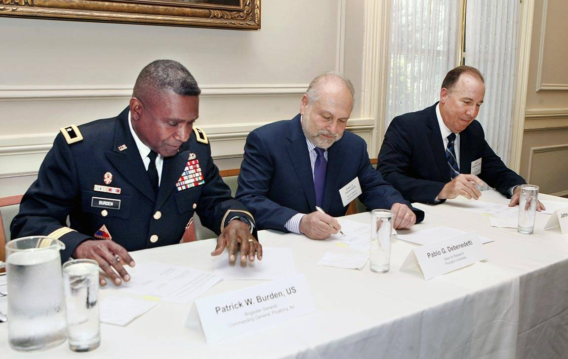 The Andlinger Center for Energy and the Environment at Princeton University recently signed an agreement with the Picatinny Arsenal Garrison and the U.S. Army's Armament Research, Development and Engineering Center establishing future dialogue and research collaboration.
