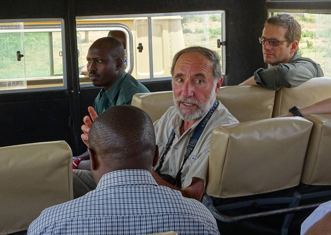 Mpala Dan Rubenstein in bus