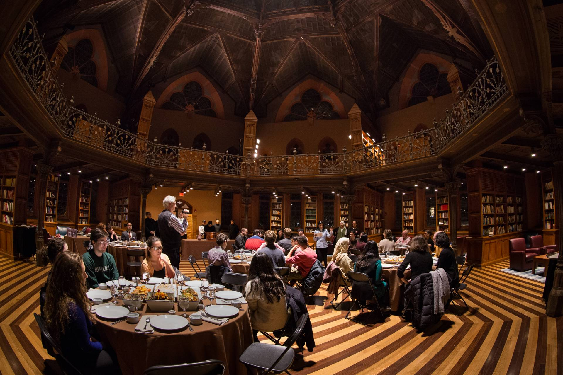 Princeton students, faculty and staff enjoy a traditional dinner in Chancellor Green Rotunda