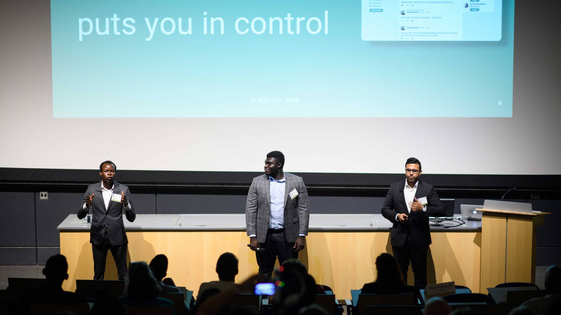Afari cofounders pitch their company at Demo Days.