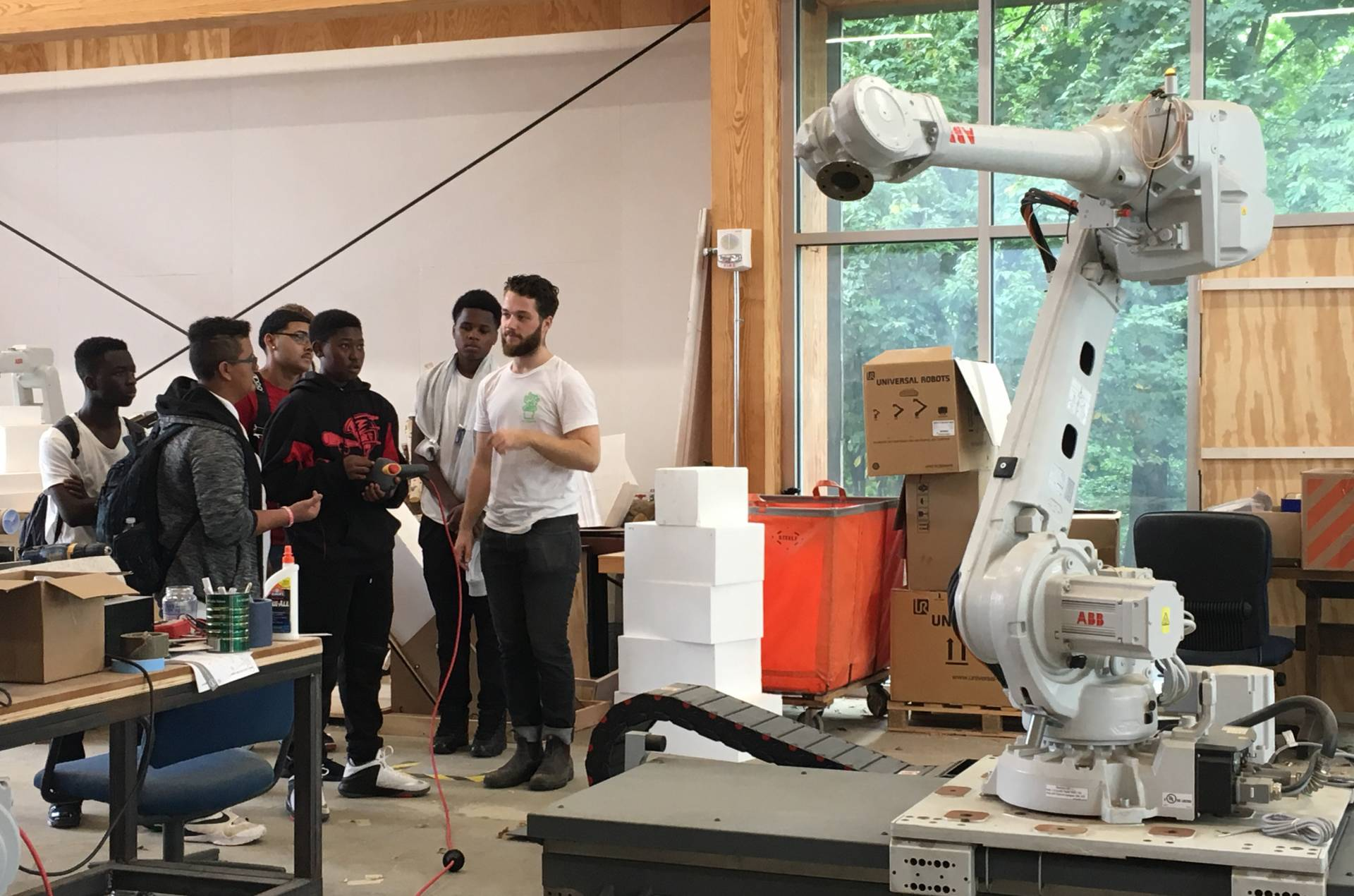 Students visiting Princeton School of Architecture's Embodied Computation Lab