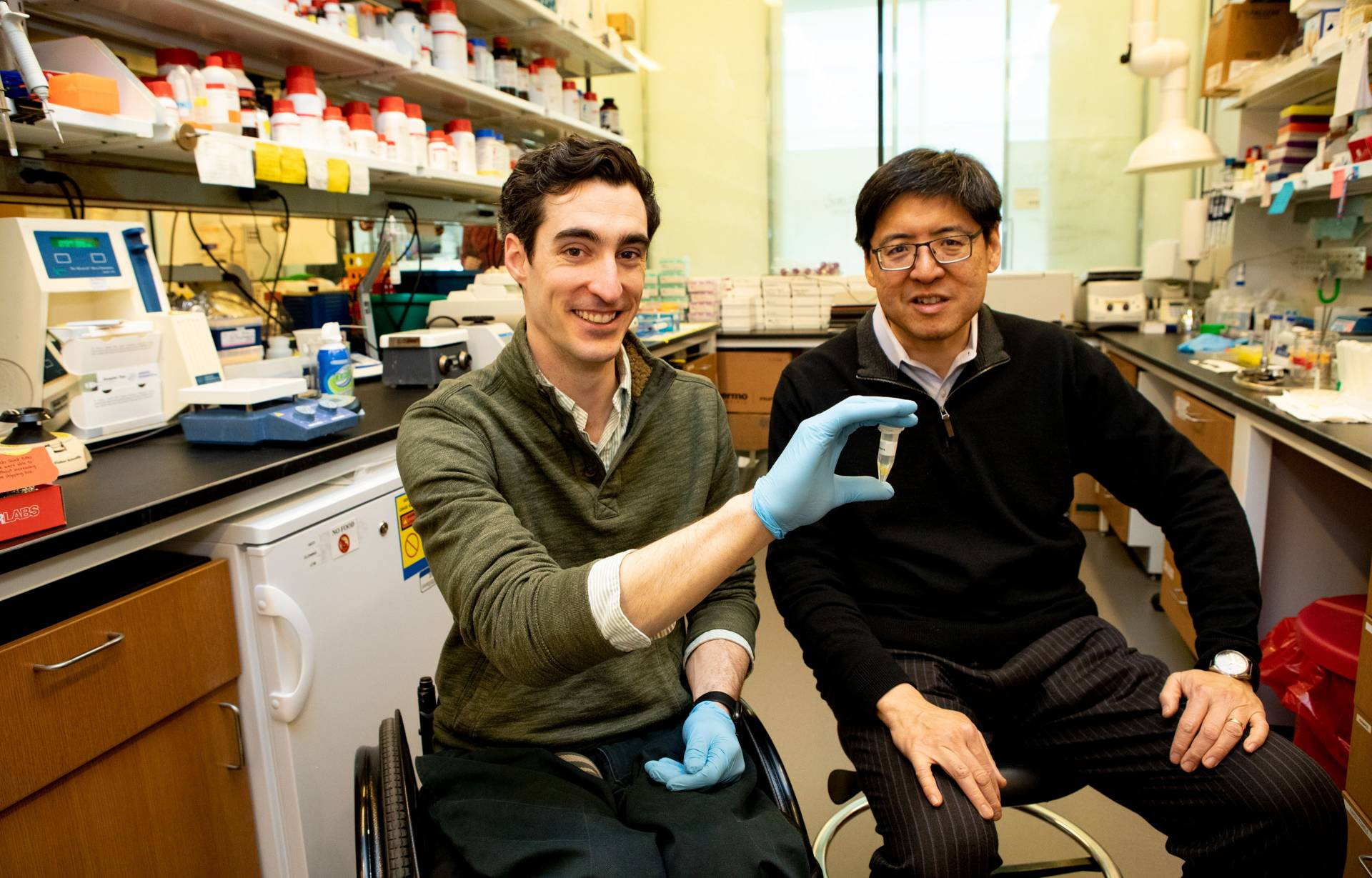 Tom Pisano and Sam Wang in lab