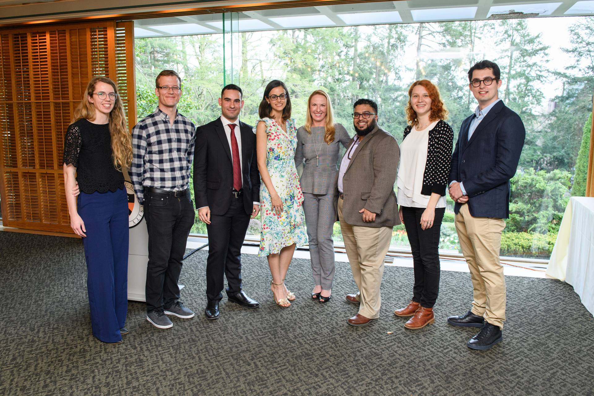 Nieuw Seven graduate students honored for excellence in teaching and service KR-91