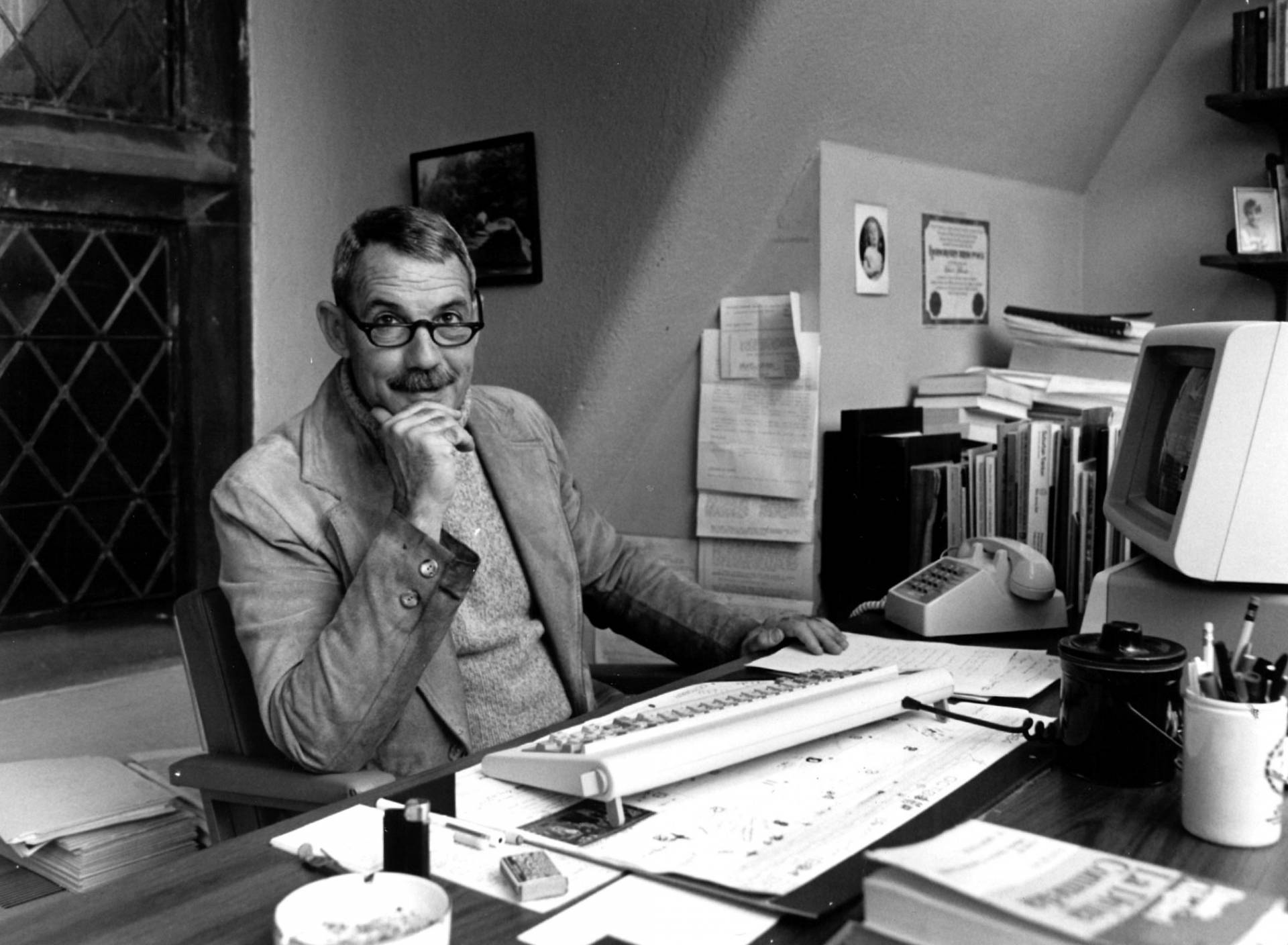 Robert Hollander, preeminent scholar of Dante, 'pioneer' of the digital  humanities and Princeton alumnus, dies at 87