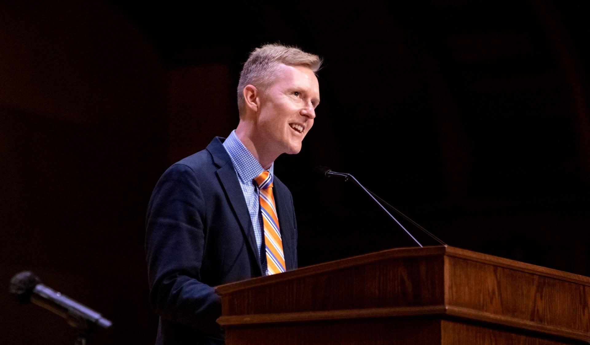 Cole Crittenden addresses graduate students