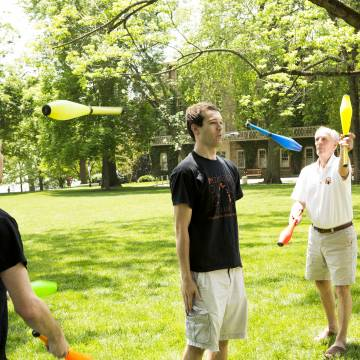 Princeton Juggling Club at Reunions 2016