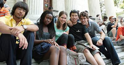 Students on Whig Hall steps