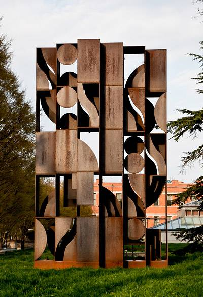 Sculpture Nevelson