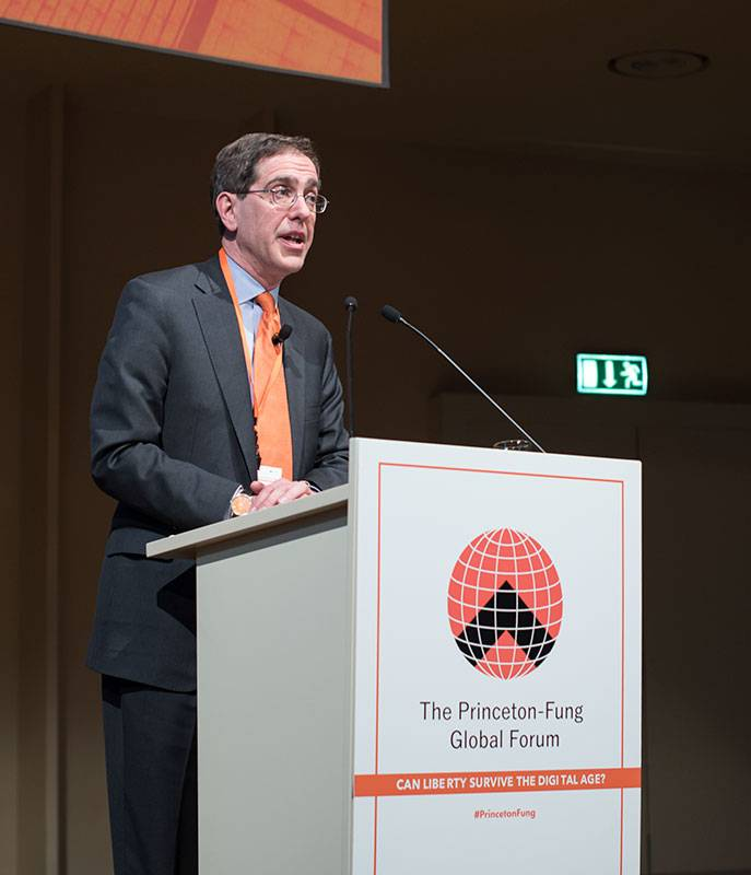 President Eisgruber at the podium addressing the Princeton-Fung Global Forum in Berlin