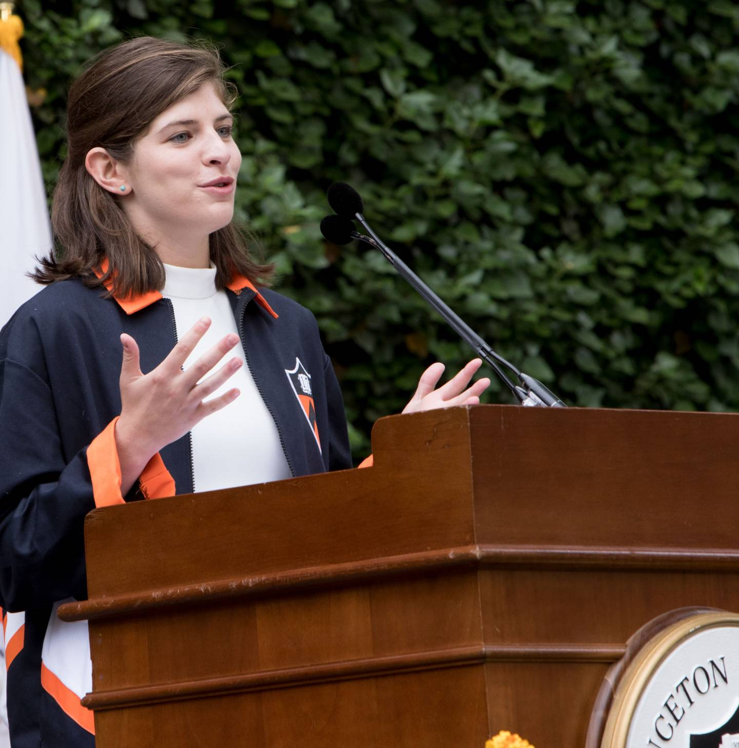 Maddie Meyers at podium during Class Day 2017 ceremony