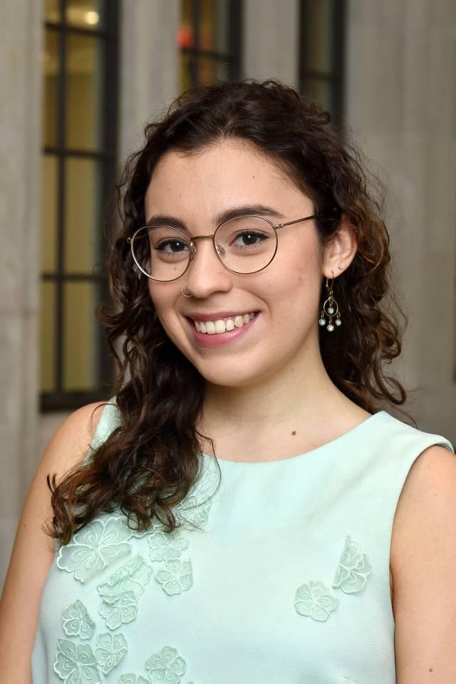 Isabel James