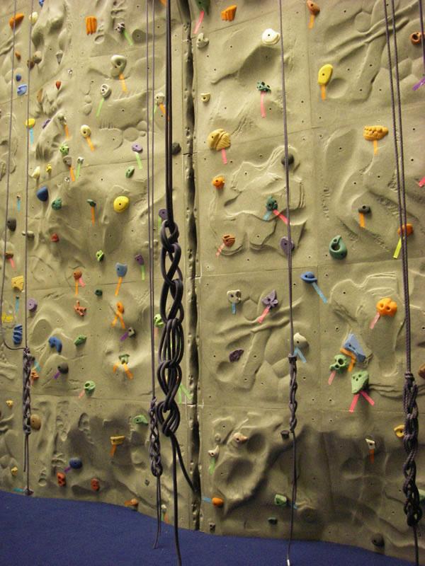 Climbing Wall Design Company : Outdoor action new climbing wall